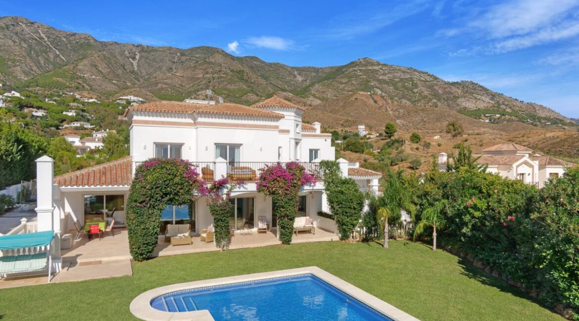 property for sale in estepona